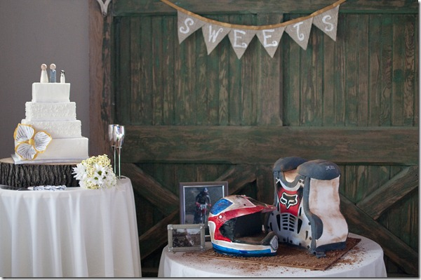 Motocross Groom's Cake, Square Wedding Cake, Dallas Wedding Planner, McKinney Flour Mill