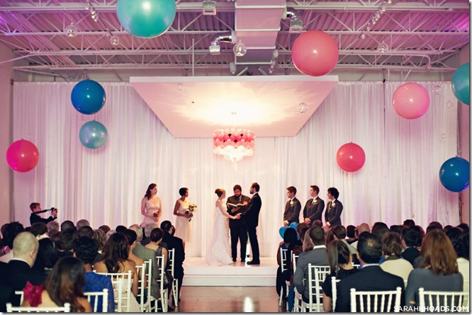 Giant Balloon Ceremony, eM The Venue, Dallas Wedding Planner, Whimsical Wedding Decor, Wedding in Dallas