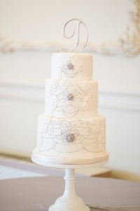 wedding cake, white cake, bride, groom, wedding