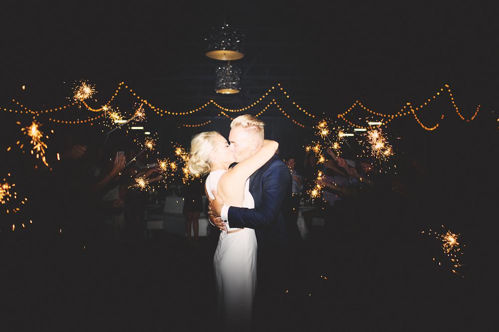 kristi-and-cole-wedding_claire-eliza-159_1000