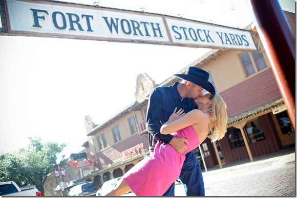 Kelly Rucker Photographer, Dallas Wedding Photographer, Dallas Engagement Photographer, Fort Worth Engagement Photos