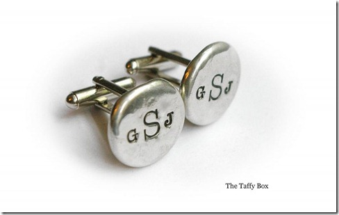 customized cuff links, groomsmen gifts, Dallas Wedding Planner, Planning For Dudes